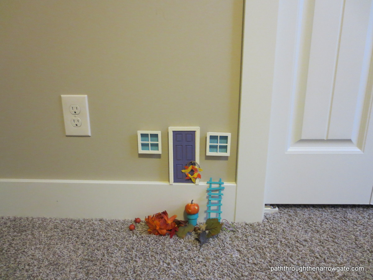"""Little People"" door - so fun to make yourself!"